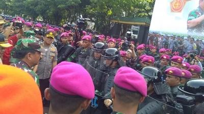 Ada Apa Panglima TNI dan Kapolri Kompak di Medan?