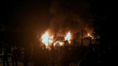 Kerusuhan dan kebakaran Rutan Siak: Puluhan napi masih kabur, sepucuk senjata api hilang