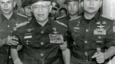 Cerita AH Nasution Digiring Prabowo & Paspampres Keluar Saat Salat Jenazah