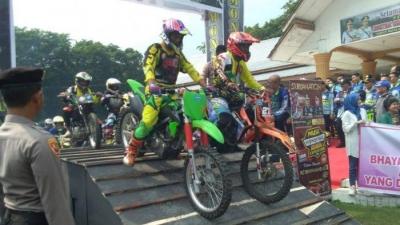 Kapolda Sumut, Lepas 1.100 Rider Dalam Kegiatan Jelajahi Wisata Alam Asahan