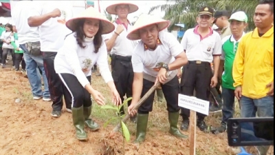 Polres Asahan Tanam 12 Ribu Bibit Pohon di Sepanjang Bantaran Sungai Sei Silo Kabupaten Asahan