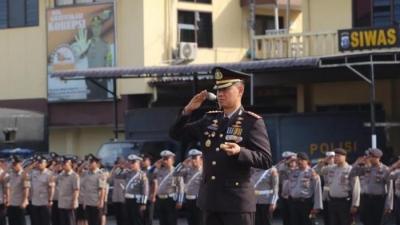 Kapolrestabes Medan Upacara Peringatan Hari Pahlawan