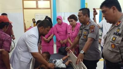 Kapolres Asahan dan Pemkab Asahan Bawa Balita Sakit Paru-Paru Ke Rumah Sakit