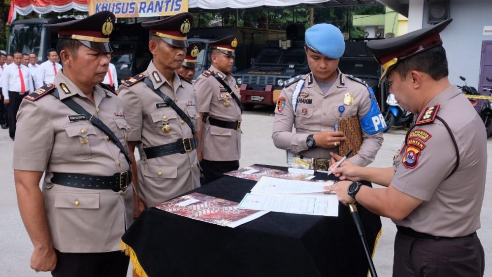 Kasat Sabhara, Kapolsek Kronjo, dan Kapolsek Mauk Resmi Berganti, Kapolresta Tangerang Minta Pejabat Baru Langsung Bekerja