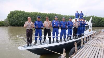 Antisipasi Cuaca Ekstrem, Kapolresta Tangerang Intensifkan Patroli Wilayah Perairan