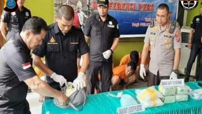 Jaringan Peredaran Narkoba, Seorang Pelaku Terpaksa Ditembak, karena Hendak Melawan Petugas