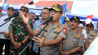 Kapolri dan Panglima TNI Tanam Mangrove dan Sebar Sejuta Benih Ikan di Pesisir Mauk