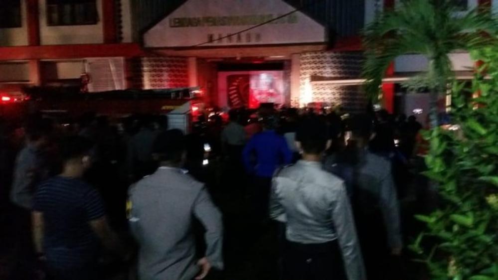 Lapas di Manado Terbakar Diduga karena Napi Ngamuk