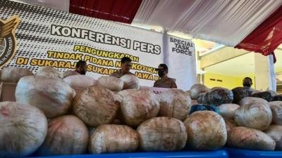 Terbongkarnya Kasus 'Bola' Sabu 402 Kilogram di Sukabumi