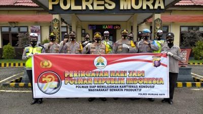 Ultah ke 72 Polwan di Polresta Deli Serdang Melakukan Bakti Sosial Kepada Warga Kurang Mampu