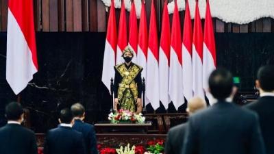 Pidato Kenegaraan Presiden Pakai Baju Adat NTT di Gedung Nusantara