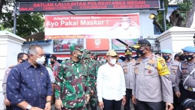Operasi Yustisi Ditinjau Kapolda Sumut Bersama Gubsu dan Pangdam I/BB di Sepurar Lapangan Merdeka Medan