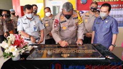 Kapolda Sumut : Meresmikan Laboratorium PCR RS Bhayangkara Tk.II Medan