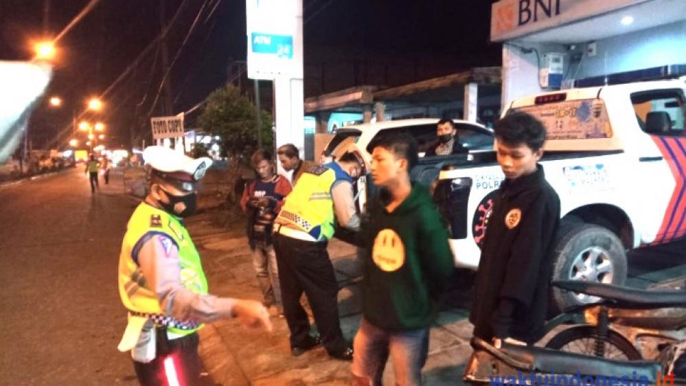 Polres Dairi Menindak Pelanggar Lalulintas Sejumlah 13 Unit Sepeda Motor dan 2 Lembar STNK Disita