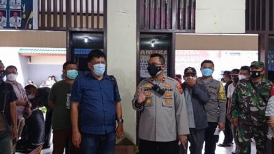 Rangka HUT Bhayangkara Ke 75 Jajaran Polsek Medan Kota Gelar Kegiatan Vaksinasi Massal Di Dua Kecamatan Sebanyak 500 Orang