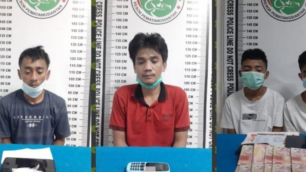 Satres Narkoba Polres Pematang Siantar Tangkap Empat Pria Pemakai Sabu