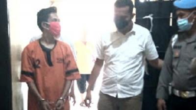 Mencuri Terekam CCTV Aziz Diboyong ke Polsek Medan Timur