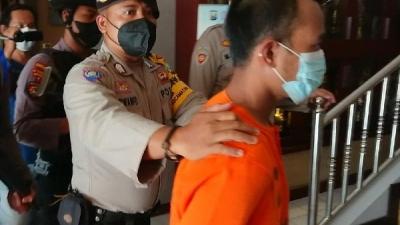Tenaga Pengajar Ustad di Pondok Pesantren Cabuli 34 Santriwati, Ditahan di Polres Trenggalek Jatim